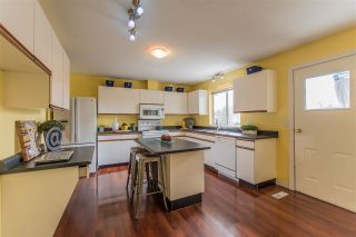 Photo 2: 18312 HUNTER Place in Surrey: Cloverdale BC House for sale (Cloverdale)  : MLS®# R2250960