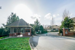 """Photo 2: 36 15450 ROSEMARY HEIGHTS Crescent in Surrey: Morgan Creek Townhouse for sale in """"CARRINGTON"""" (South Surrey White Rock)  : MLS®# R2435526"""
