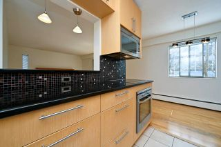 """Photo 9: 305 2424 CYPRESS Street in Vancouver: Kitsilano Condo for sale in """"CYPRESS PLACE"""" (Vancouver West)  : MLS®# R2572541"""