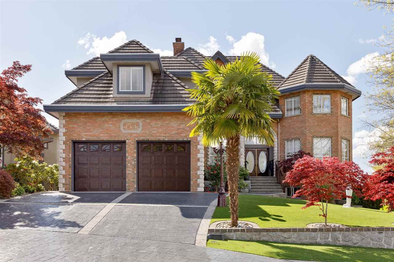 """Main Photo: 742 CAPITAL Court in Port Coquitlam: Citadel PQ House for sale in """"CITADEL HEIGHTS"""" : MLS®# R2579598"""