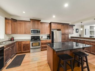 """Photo 12: 63 11720 COTTONWOOD Drive in Maple Ridge: Cottonwood MR Townhouse for sale in """"Cottonwood Green"""" : MLS®# R2517558"""