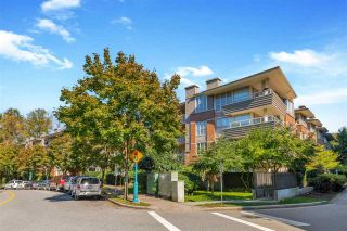 "Photo 2: 427 801 KLAHANIE Drive in Port Moody: Port Moody Centre Condo for sale in ""Wynford"" : MLS®# R2502588"