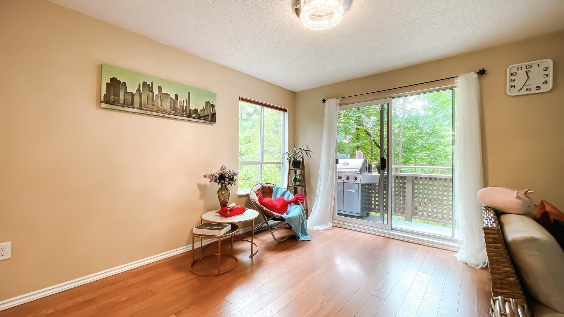 Photo 6: Photos: 66 9000 ASH GROVE CRESCENT in Burnaby: Forest Hills BN Townhouse for sale (Burnaby North)  : MLS®# R2603744