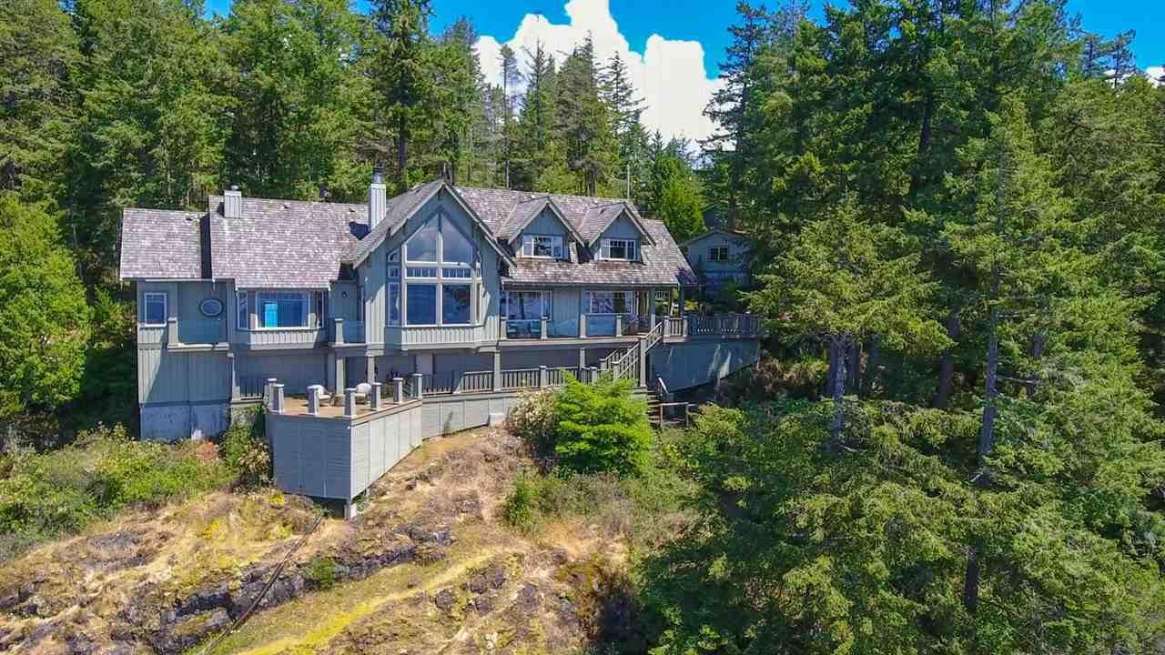 Main Photo: 11149 SUNSHINE COAST HIGHWAY in : Halfmn Bay Secret Cv Redroofs House for sale : MLS®# R2433938
