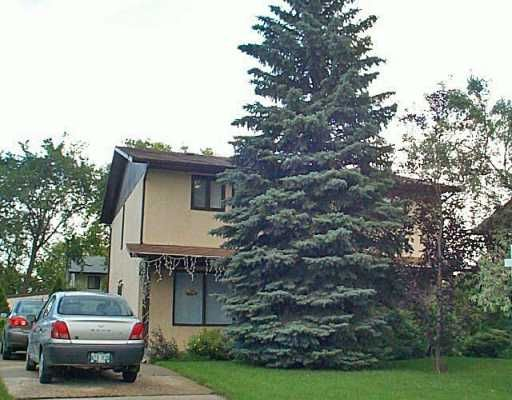 Main Photo: 56 FOXBERRY Bay in Winnipeg: Murray Park Single Family Attached for sale (South Winnipeg)  : MLS®# 2511689