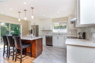 Photo 6: 4421 Bartholomew Pl in VICTORIA: SE Gordon Head House for sale (Saanich East)  : MLS®# 799913
