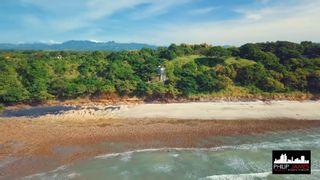 Photo 7: Ocean and beach front House in Costa Esmeralda