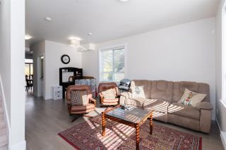 "Photo 7: 8 19753 55A Avenue in Langley: Langley City Townhouse for sale in ""City Park Townhomes"" : MLS®# R2512511"