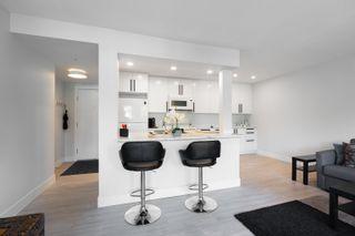 "Photo 2: 301 2036 COQUITLAM Avenue in Port Coquitlam: Glenwood PQ Condo for sale in ""BURKEVIEW MANOR"" : MLS®# R2621118"