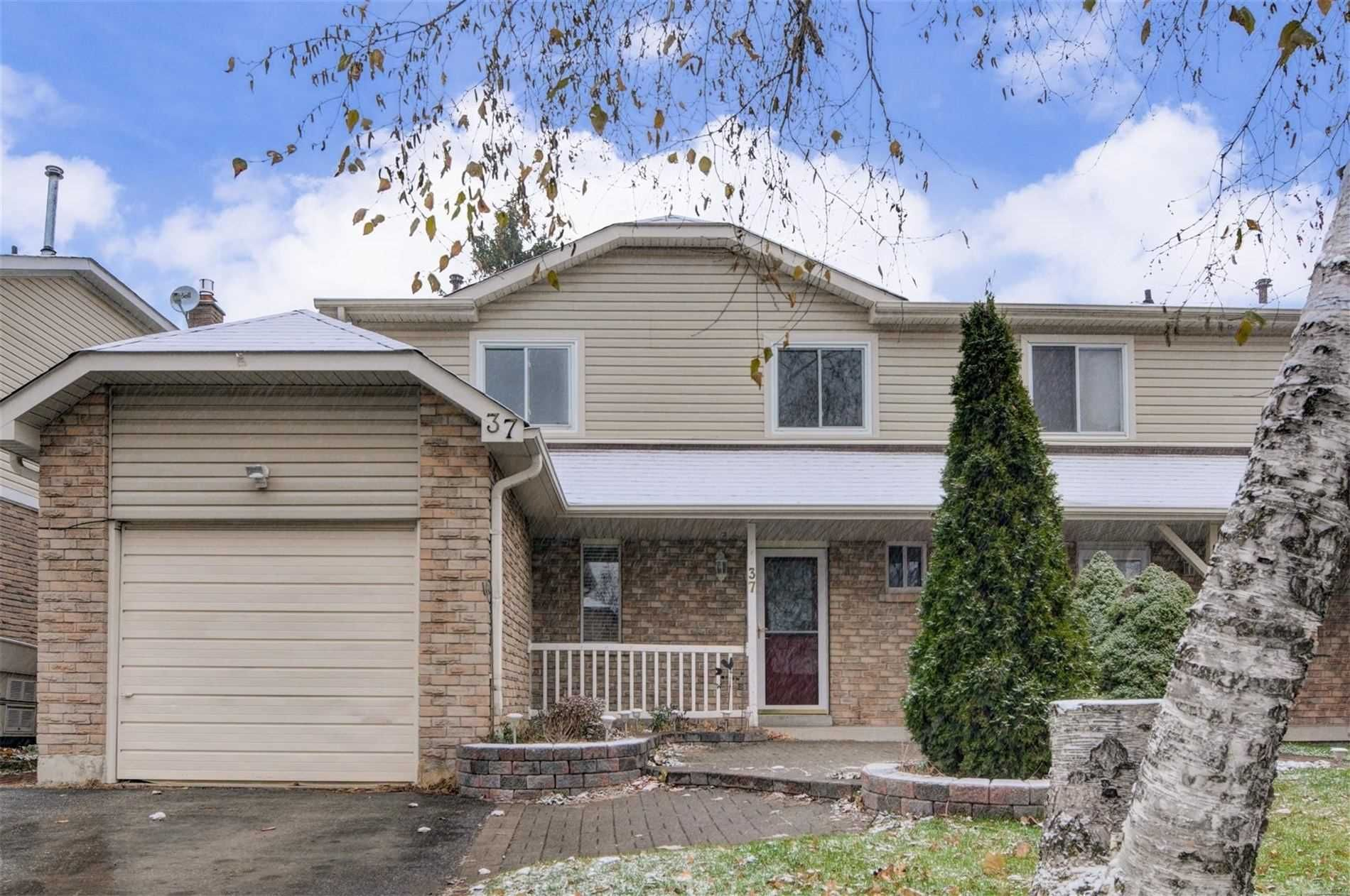 Main Photo: 37 Goldring Drive in Whitby: Lynde Creek House (2-Storey) for sale : MLS®# E4672338