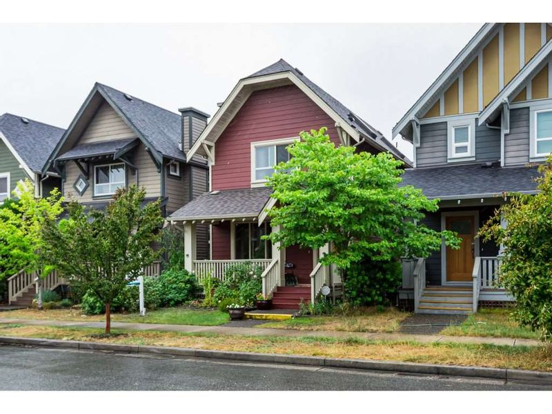 FEATURED LISTING: 263 FURNESS Street New Westminster