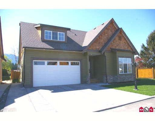 "Main Photo: 13 6110 MILLER Drive in Sardis: Sardis West Vedder Rd House for sale in ""MILLER ESTATES"" : MLS®# H2900327"