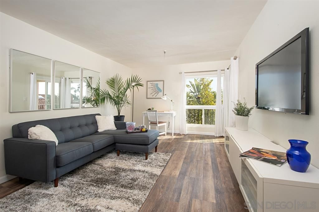 Main Photo: PACIFIC BEACH Condo for sale : 1 bedrooms : 4730 Noyes St #104 in San Diego