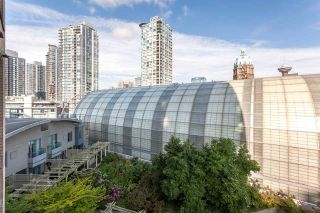 """Photo 11: 803 63 KEEFER Place in Vancouver: Downtown VW Condo for sale in """"EUROPA"""" (Vancouver West)  : MLS®# R2098898"""