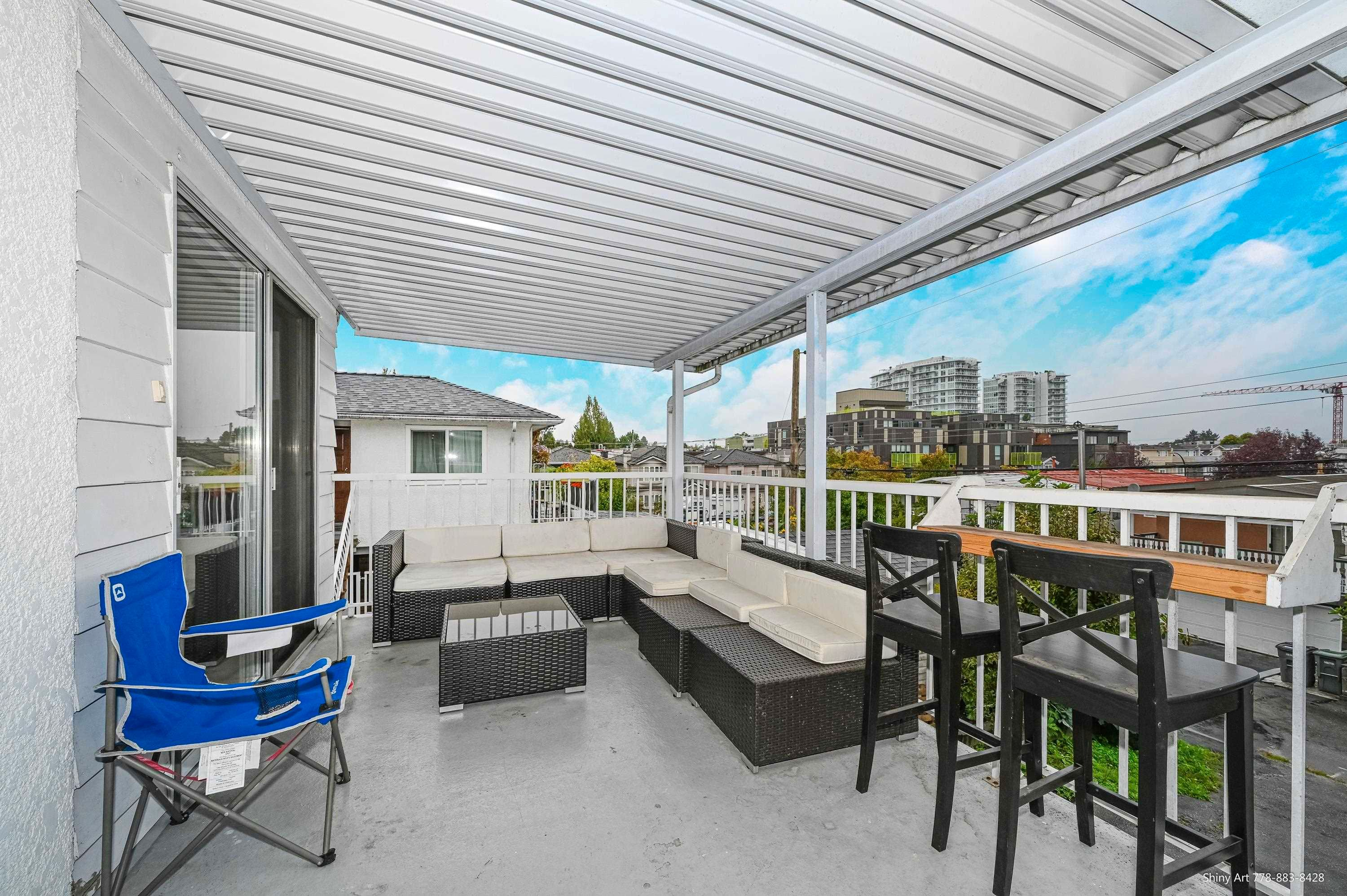 Main Photo: 4675 NANAIMO Street in Vancouver: Victoria VE Multifamily for sale (Vancouver East)  : MLS®# R2617291