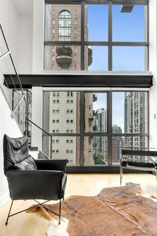 """Photo 7: 1203 1238 RICHARDS Street in Vancouver: Yaletown Condo for sale in """"Metropolis"""" (Vancouver West)  : MLS®# R2472141"""