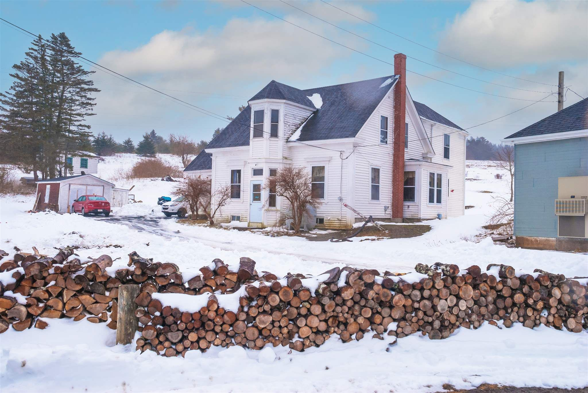 Main Photo: 19 Lower Lahave Road in Riverport: 405-Lunenburg County Residential for sale (South Shore)  : MLS®# 202102614
