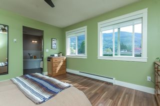 "Photo 25: 42302 KNOX Avenue: Yarrow House for sale in ""YARROW"" : MLS®# R2054781"