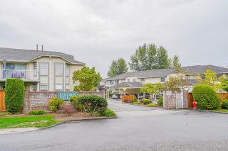 """Photo 2: 22 5750 174 Street in Surrey: Cloverdale BC Townhouse for sale in """"STETSON VILLAGE"""" (Cloverdale)  : MLS®# R2616395"""