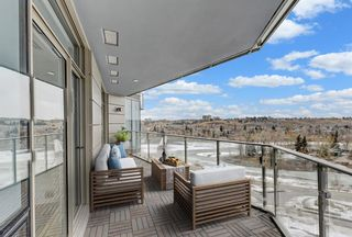 Photo 1: 906 738 1 Avenue SW in Calgary: Eau Claire Apartment for sale : MLS®# A1073632
