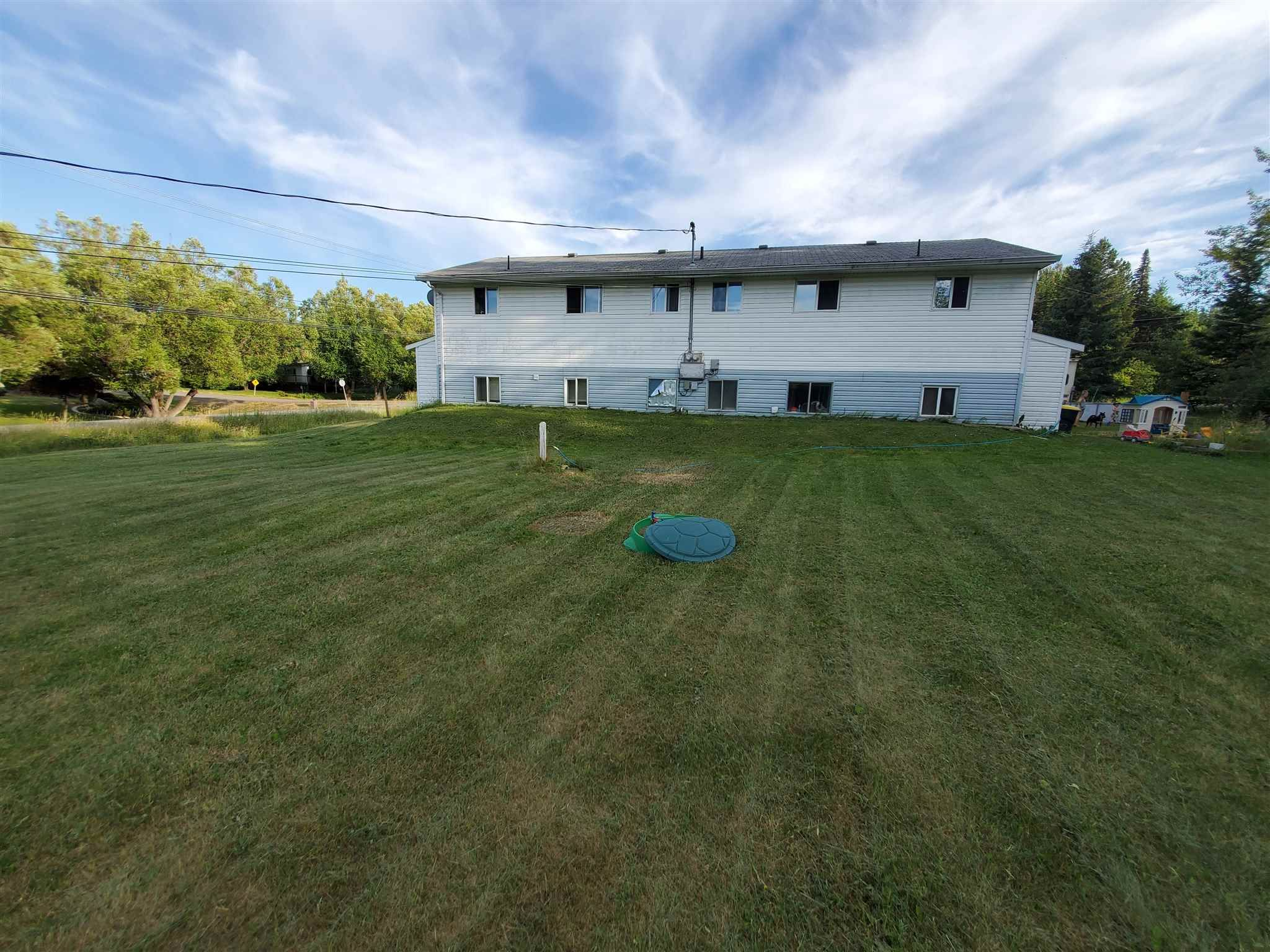 Photo 2: Photos: 1195 - 1197 OMEGA Road in Quesnel: Quesnel - Rural North Duplex for sale (Quesnel (Zone 28))  : MLS®# R2600496