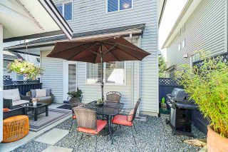 """Photo 19: 19849 69B Avenue in Langley: Willoughby Heights House for sale in """"Providence"""" : MLS®# R2394300"""