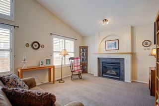 Photo 4: 355 Somerset Drive SW in Calgary: Somerset Detached for sale : MLS®# A1096882