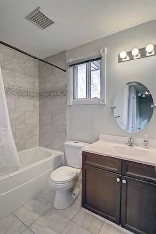 Photo 27: 1931 Pinetree Crescent NE in Calgary: Pineridge Detached for sale : MLS®# A1153335