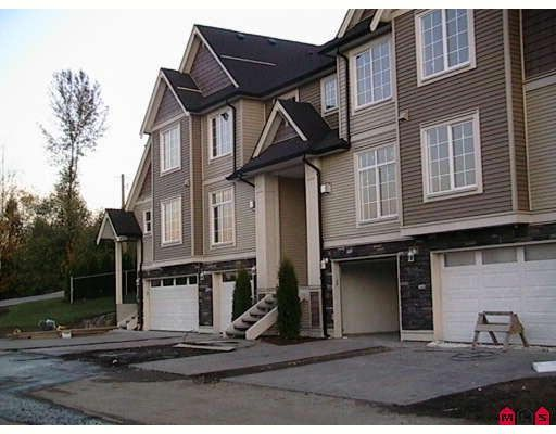 """Main Photo: 2 46832 HUDSON Road in Sardis: Promontory Townhouse for sale in """"CORNERSTONE HAVEN"""" : MLS®# H2805636"""