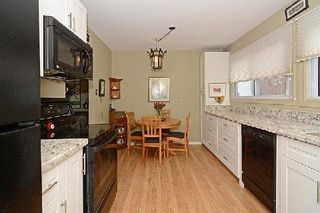 Photo 2: 63 653 Village Parkway in Markham: Unionville Condo for sale : MLS®# N2916259