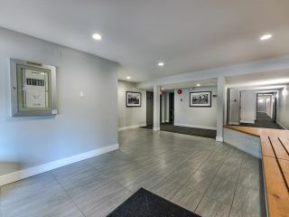 """Photo 3: 407 2150 BRUNSWICK Street in Vancouver: Mount Pleasant VE Condo for sale in """"Mt. Pleasant Place"""" (Vancouver East)  : MLS®# R2622686"""