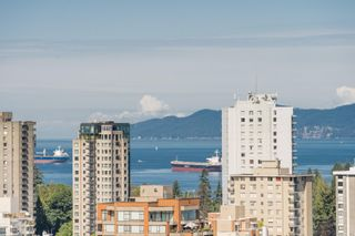 """Photo 10: 2305 620 CARDERO Street in Vancouver: Coal Harbour Condo for sale in """"CARDERO"""" (Vancouver West)  : MLS®# R2603652"""