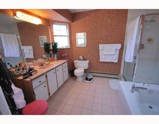 Photo 8: 10 8280 BENNETT Road in Richmond: Brighouse South Townhouse for sale : MLS®# V772209
