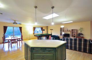 """Photo 6: 5545 MORELAND Drive in Burnaby: Deer Lake Place House for sale in """"DEER LAKE PLACE"""" (Burnaby South)  : MLS®# R2035415"""