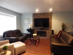 Photo 3: 17415 60 Ave in Cloverdale: Cloverdale BC House for sale : MLS®# R2013887