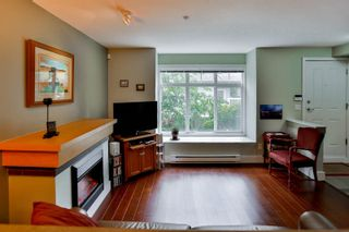 Photo 4: 28 7428 SOUTHWYNDE Avenue in Burnaby: South Slope Townhouse for sale (Burnaby South)  : MLS®# R2071528