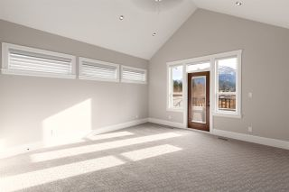 """Photo 23: 1020 STARVIEW Place in Squamish: Tantalus House for sale in """"TANTALUS"""" : MLS®# R2536297"""