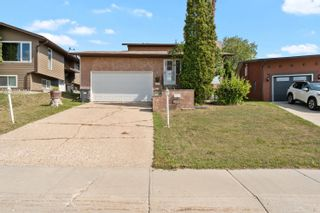 Photo 1: 5011 40 Street: Cold Lake House for sale : MLS®# E4259649