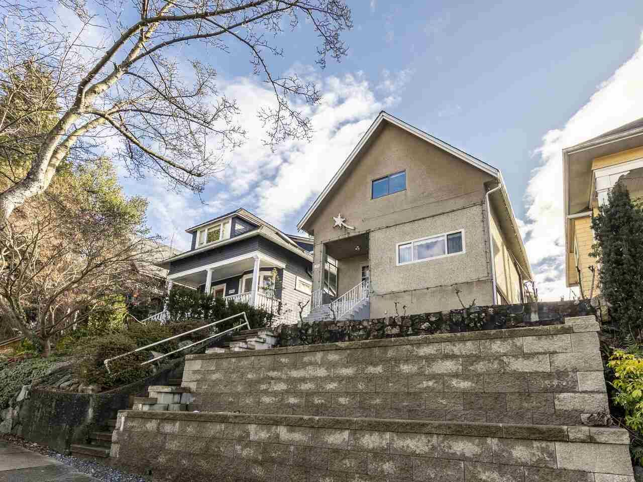 """Photo 5: Photos: 1550 GRANT Street in Vancouver: Grandview Woodland House for sale in """"GRANVIEW"""" (Vancouver East)  : MLS®# R2539844"""