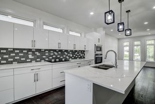 Photo 18: 8505 84 Avenue in Edmonton: Zone 18 House for sale : MLS®# E4231146