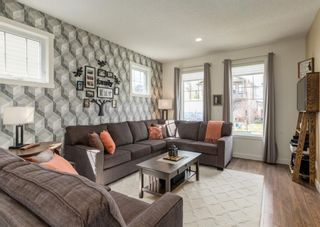 Photo 5: 44 ELGIN MEADOWS Manor SE in Calgary: McKenzie Towne Detached for sale : MLS®# A1103967