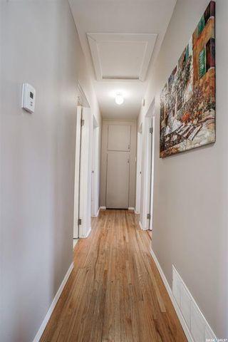 Photo 12: 2325 Dufferin Avenue in Saskatoon: Queen Elizabeth Residential for sale : MLS®# SK852354