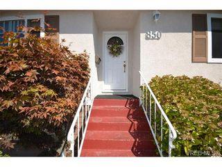 Photo 2: 850 Ferrie Rd in VICTORIA: SW Royal Oak House for sale (Saanich West)  : MLS®# 681966