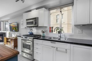 """Photo 12: 201 122 E 3RD Street in North Vancouver: Lower Lonsdale Condo for sale in """"Sausalito"""" : MLS®# R2525697"""