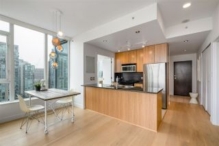 """Photo 7: PH2401 1010 RICHARDS Street in Vancouver: Yaletown Condo for sale in """"THE GALLERY"""" (Vancouver West)  : MLS®# R2498796"""