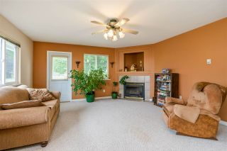 """Photo 15: 7947 TOPPER Drive in Mission: Mission BC House for sale in """"College Heights"""" : MLS®# R2381617"""