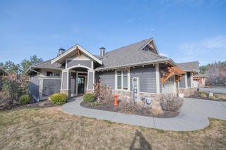 Photo 3: 251 Longspoon Drive, in Vernon: House for sale : MLS®# 10228940