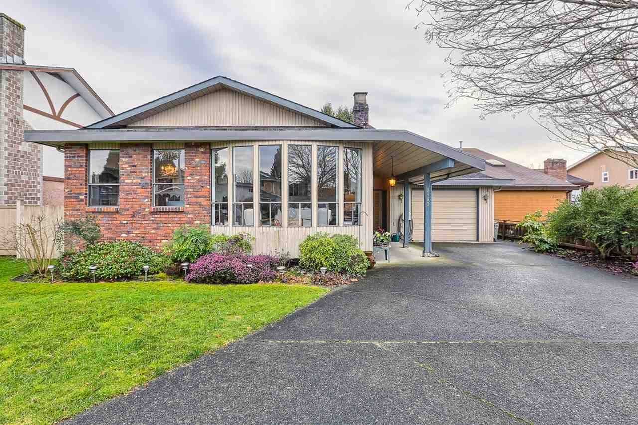 "Main Photo: 8580 OSGOODE Place in Richmond: Saunders House for sale in ""SAUNDERS"" : MLS®# R2030667"