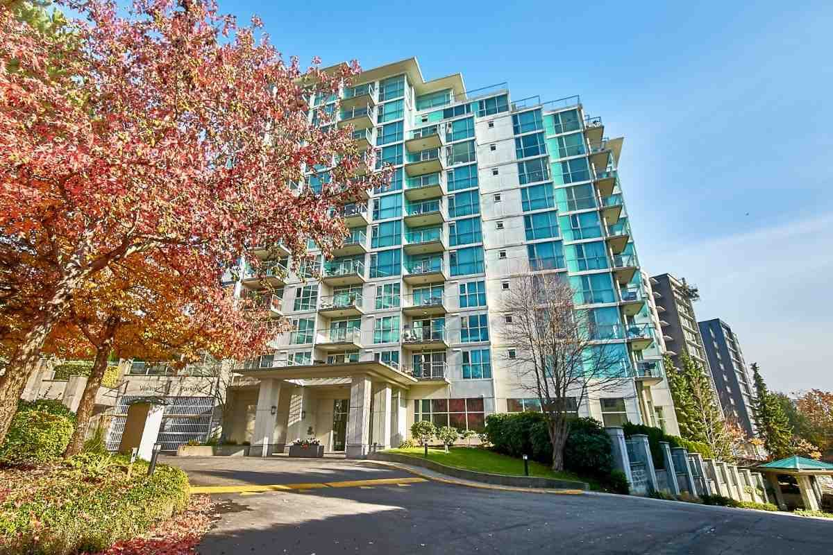 Main Photo: 305 2763 CHANDLERY Place in Vancouver: South Marine Condo for sale (Vancouver East)  : MLS®# R2416093