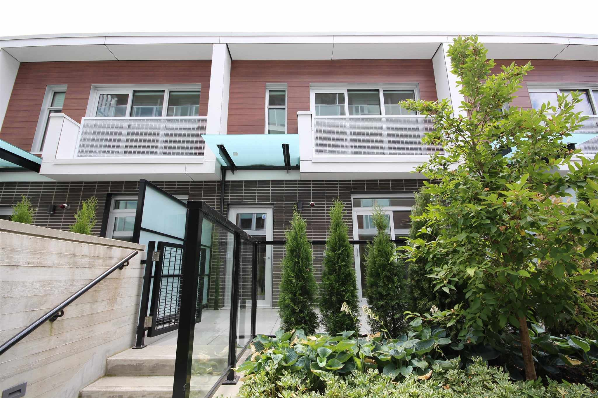 """Main Photo: 534 W KING EDWARD Avenue in Vancouver: Cambie Townhouse for sale in """"CAMBIE + KING EDWARD"""" (Vancouver West)  : MLS®# R2593912"""